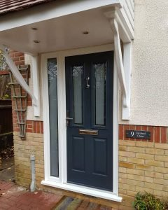 Anthracite Grey Ludlow Solidor with London Etch Glass